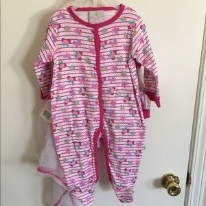 Other - 7 piece Baby girl onesie outfit gift set